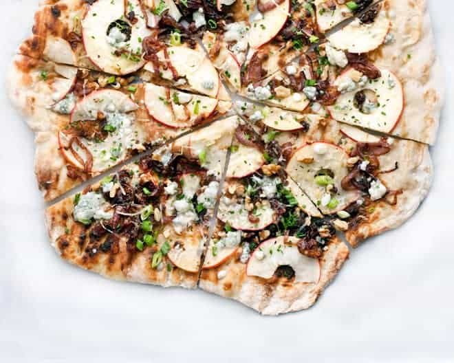 Caramelized Onion Apple Grilled Pizza