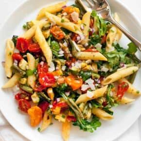 Roasted Tomato Zucchini Squash Pasta Salad
