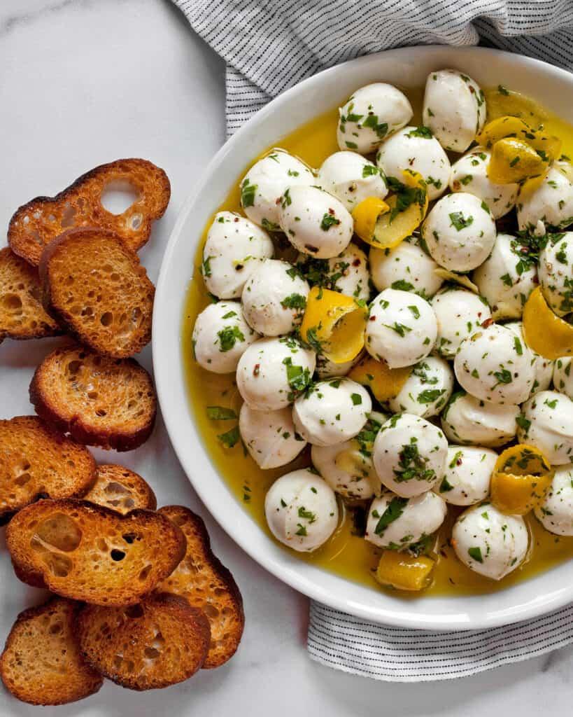 Marinated Mozzarella Balls with Toasted Bread
