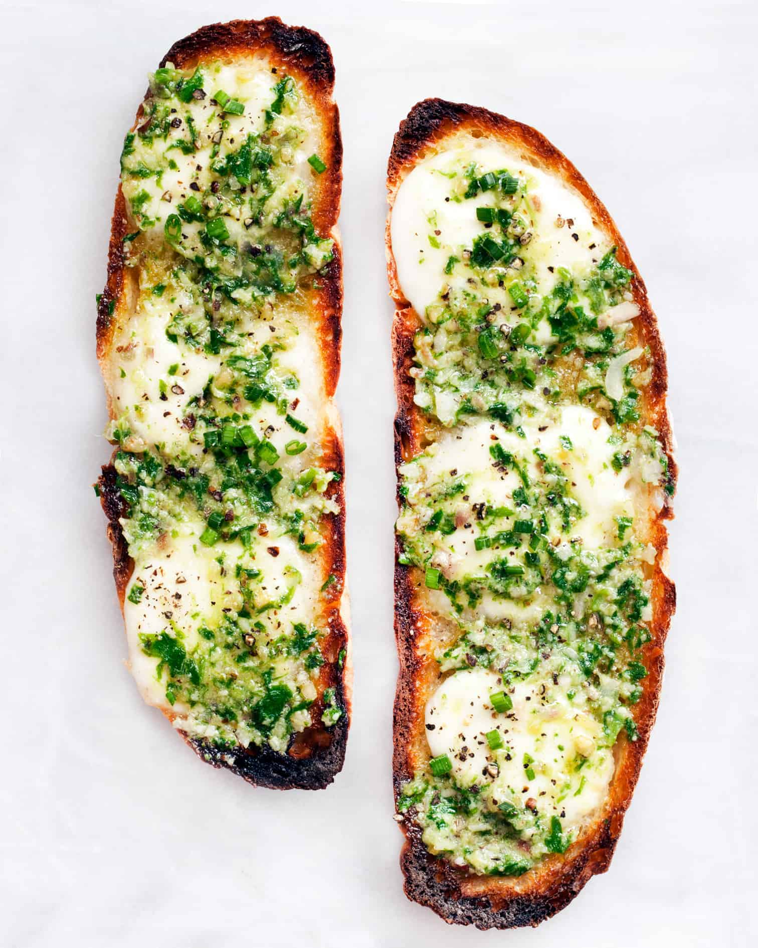 Ramp Garlic Bread