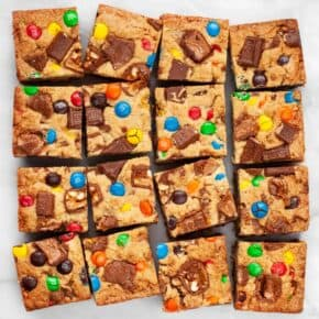 Candy Bar Blondies