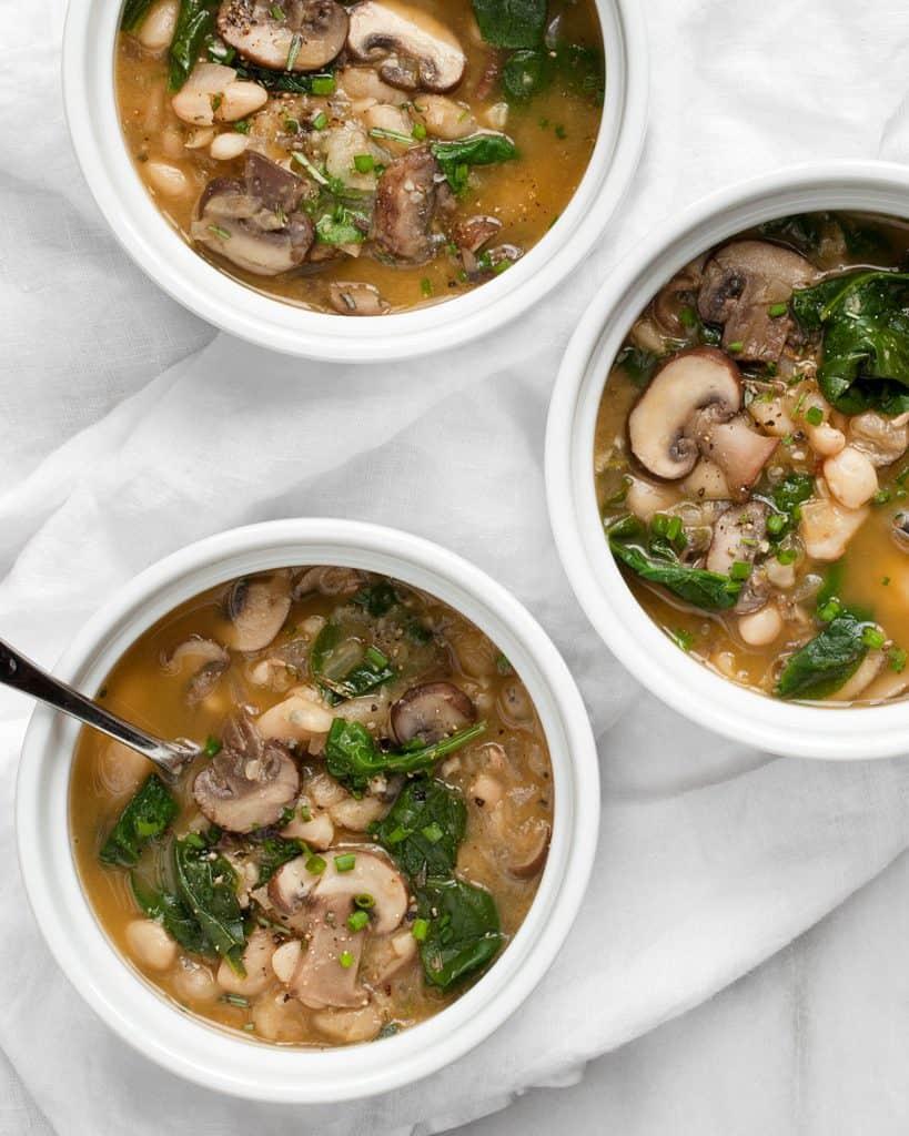White Bean Mushroom Spinach Soup