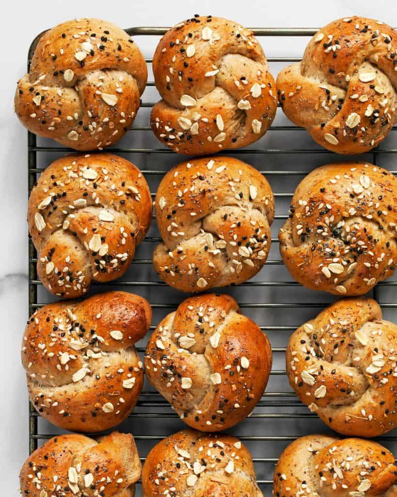 Everything Oatmeal Knots