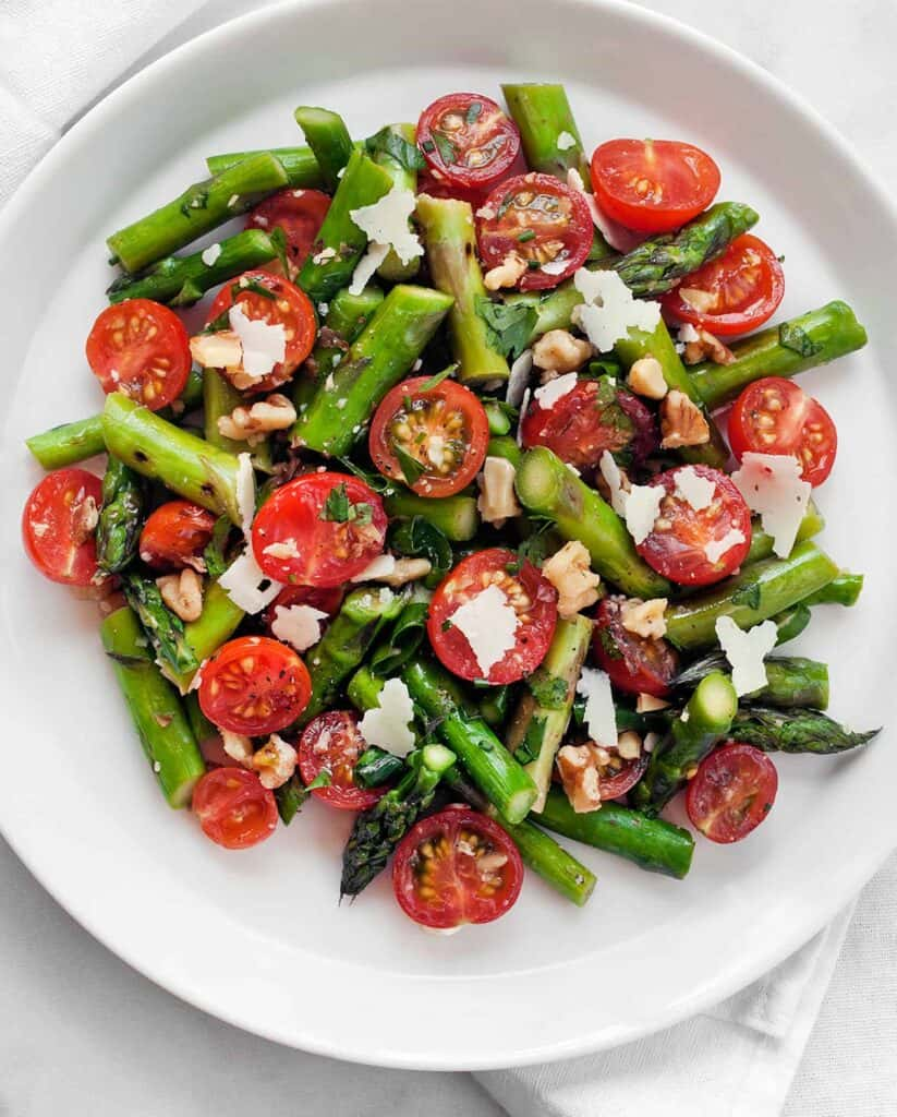 Grilled Asparagus Tomato Salad