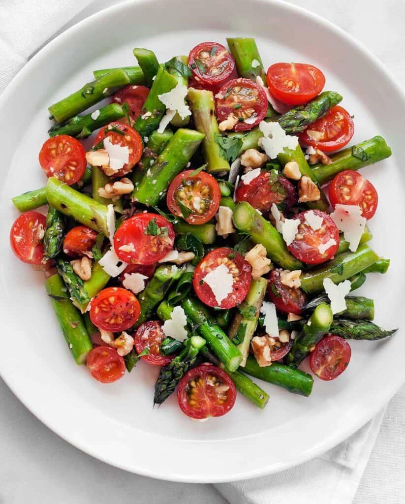 Grilled Asparagus Tomato Salad