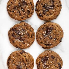 Vegan Cinnamon-Spiced Chocolate Chip Cookies