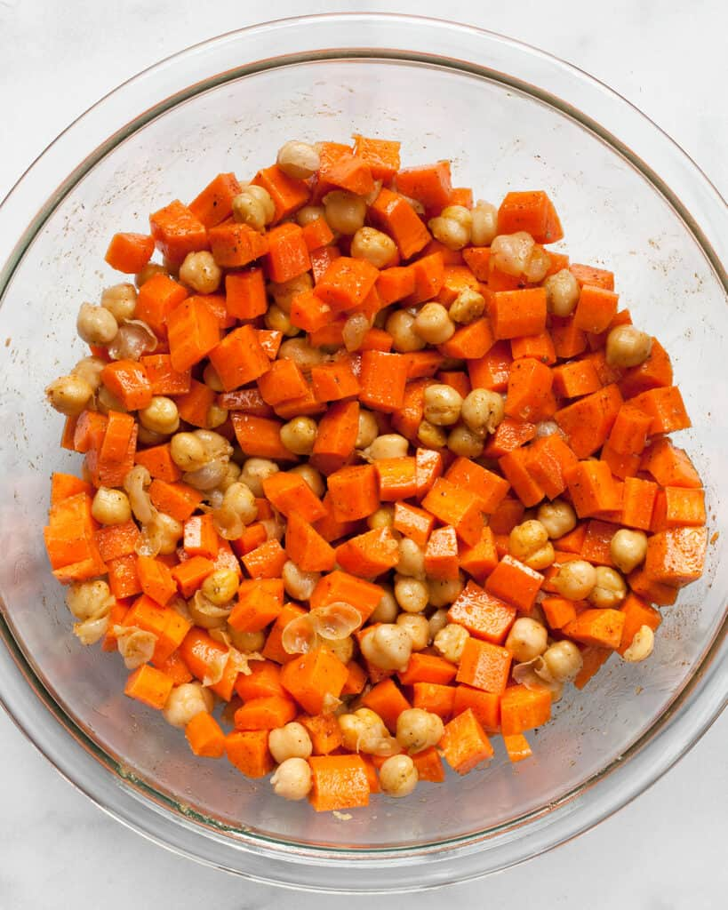 Carrots and chickpeas in spiced olive oil