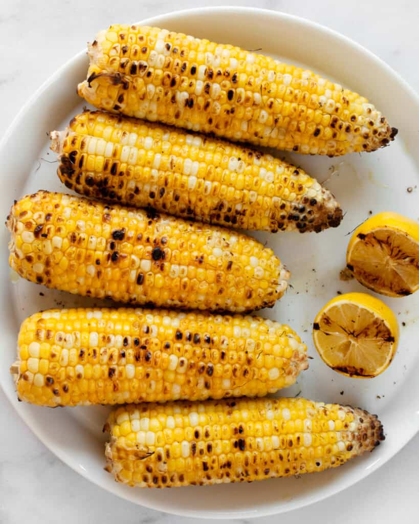 Grilled corn and lemon