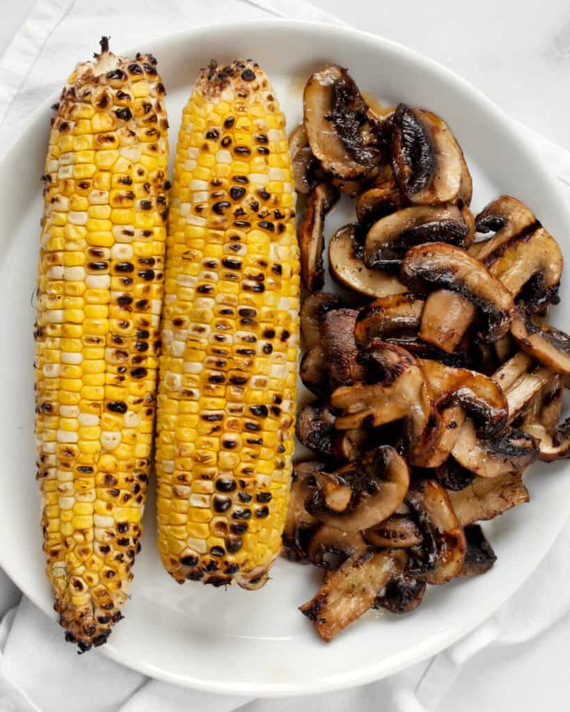 Grilled corn and mushrooms
