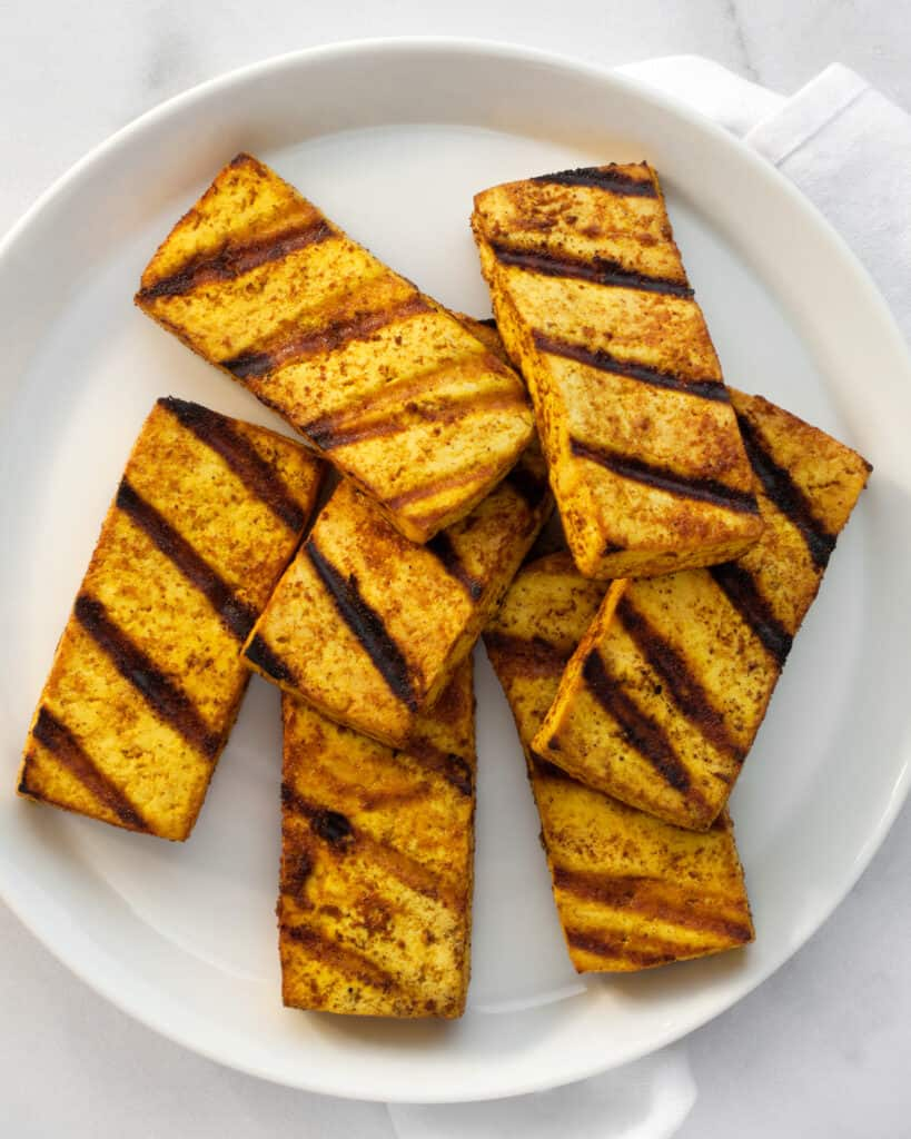 Grilled tofu slices